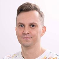Владимир Кучканов