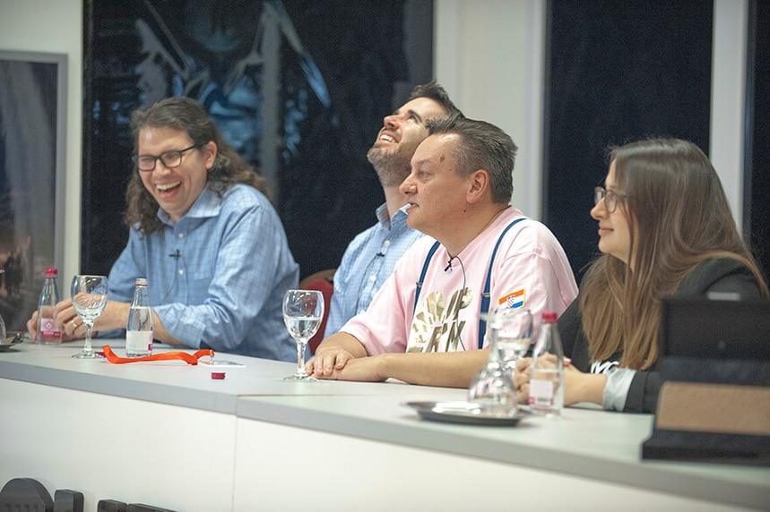 Мария Бочева и Тим Вилсон с другими учасниками Superweek